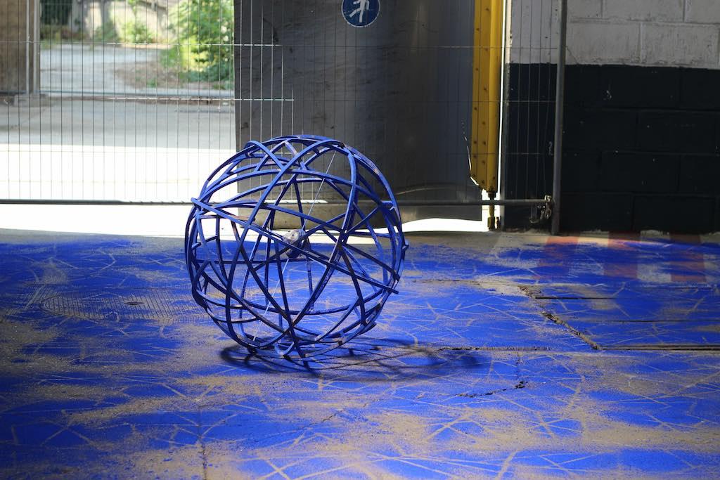 GROUND CONTROL Interventions in-situ de jeunes artistes dans des anciens entrepôts SNCF avec les artistes Ely Bessis et Kun Kang @ Ground Control / Été 2015